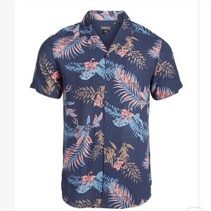 NWOT Men's Button Up Hawaiian Shirt 🌺 Size Medium